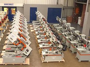 Large stock of band saws, circular saws, steelworkers